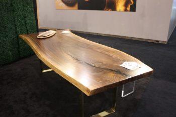 bàn gỗ óc chó