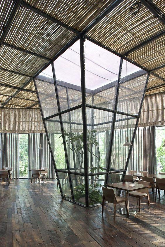 thiết kế nhà hàng tre 6
