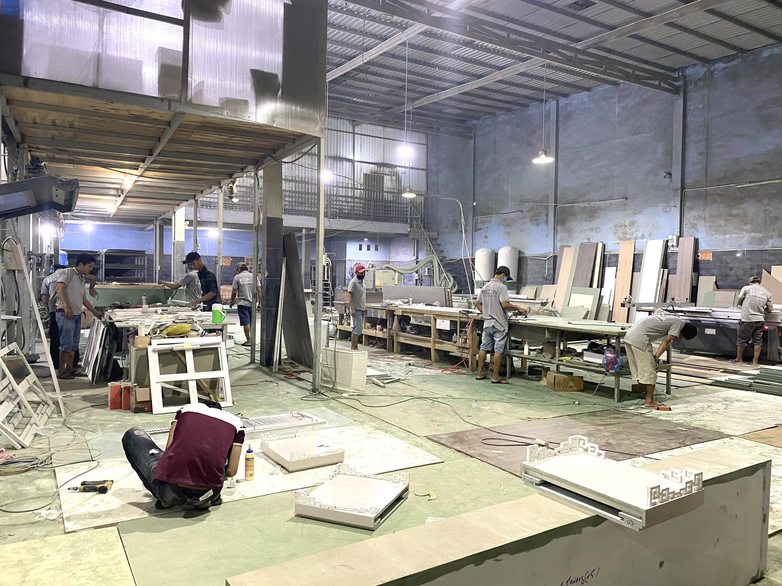 xưởng sản xuất đồ gỗ rộng 1500 m2