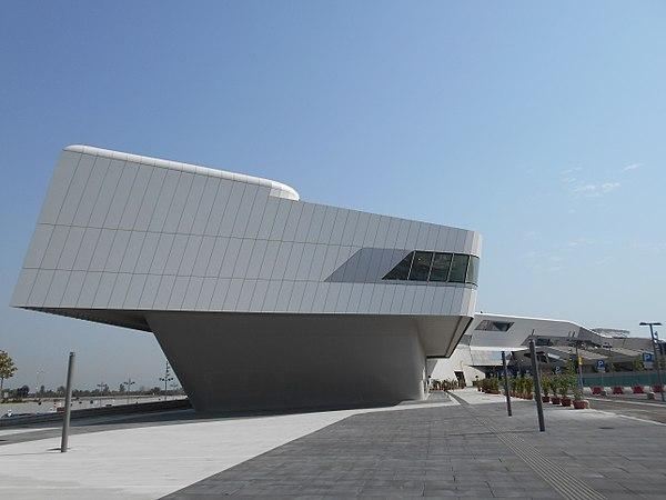 Bến tàu siêu tốc tại Ý với mái vòm phong cách Parametric
