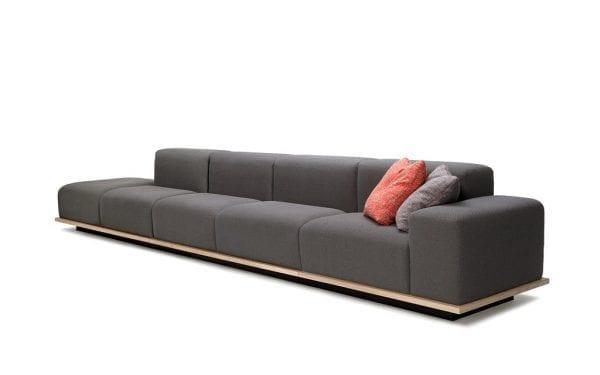 Sofa Meet 1