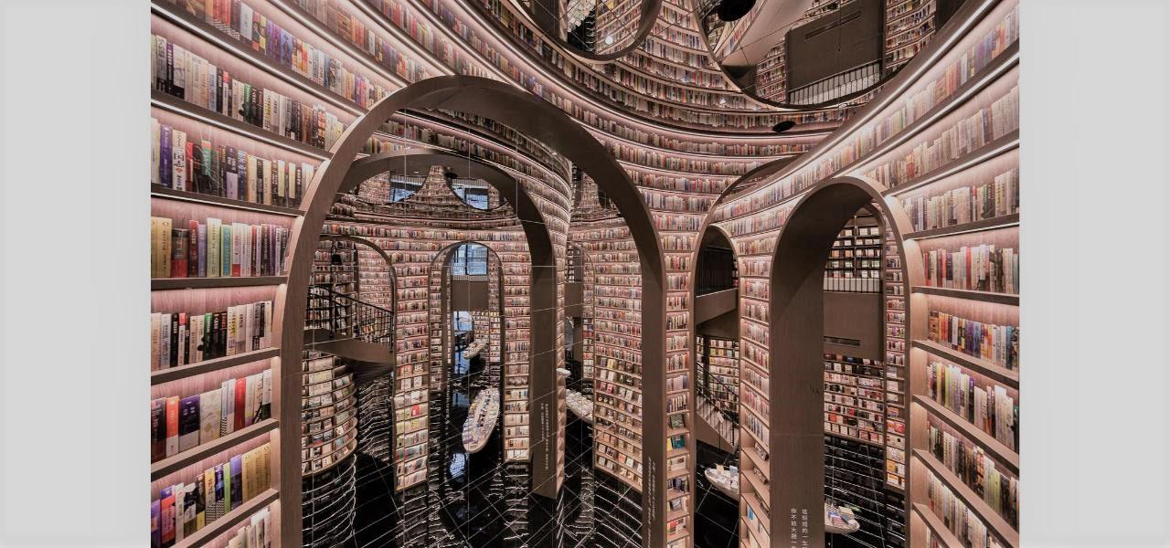 mở rộng không gian nhà sách nhân đôi không gian